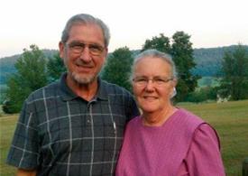 J. Omar & Carol Stoltzfus Picture
